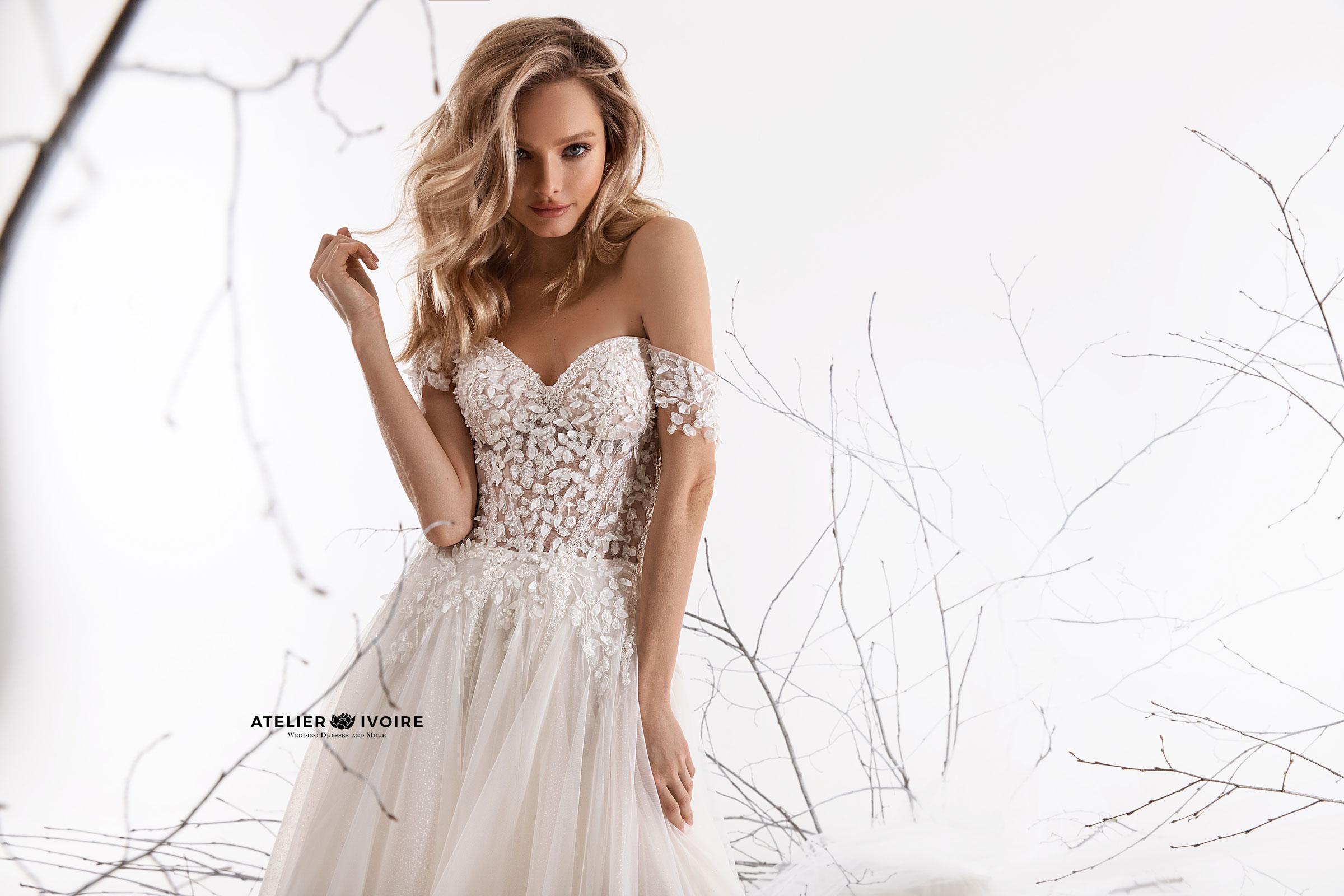 голямото лятно намаление, зашеметяваща сватбена рокля от тюл, сватбена рокля, булчинска рокля, булчински рокли, сватбени рокли, булчински рокли с ръкави, булченски рокли, булчински рокли с дантела, булчински рокли с гол гръб, обемни булчински рокли, булчински рокли принцеса, цветни булчински рокли, евтини булчински рокли, бели булчински рокли, булчински рокли 2020, сватбени рокли 2020, колекции 2020, сватбени рокли софия, булчински рокли софия, сватбени рокли цени, булчински рокли цени